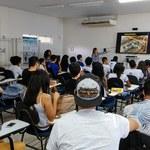 Alunos do Paespe conhecem tecnologias de fabricação digital para construção civil