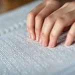 Parceria entre NAC e Centro Cyro Accioly amplia oferta de materiais em Braille