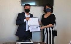 Hanna Taveira ganhou o primeiro lugar no concurso de redação da OAB-AL para estudantes. Foto: Arquivo pessoal