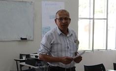 Na aposentadoria, Cosmo de Souza afirma que continuará estudando, pois acredita que o conhecimento é muito importante. Foto: Thâmara Gonzaga