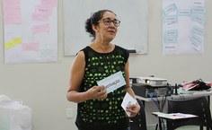 Servidora Dione Albuquerque diz que aposentadoria deve ser vivida com motivação. Foto: Thâmara Gonzaga