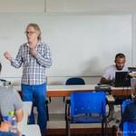 Professor do ICBS publica artigo de capa em revista internacional