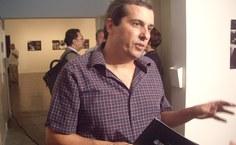 O curador da mostra, João Kulcsár