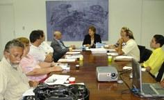 Reunião no gabinete da reitora