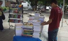 Feira de livros da Edufal
