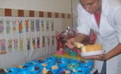 Cada criança trouxe um prato que foi compartilhado pelos colegas