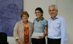 Joelma de Oliveira Albuquerque, com a reitora Ana Dayse e o vice Eurico Lobo