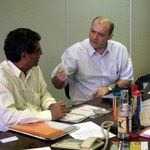Vice-presidente do Centro Internacional de Semiótica reúne-se com equipe da Ufal