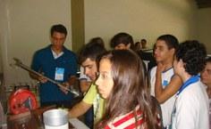 Alunos dos centros de ensino do município visitaram as instalações do Centro de Tecnologia.