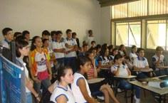 Apresentação do curso de Eng. Ambiental para os alunos dos centros de ensino do município.