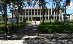 Biblioteca Central da Ufal atende 2 mil usuários diariamente