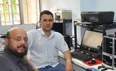 Professor Luiz Eduardo e o aluno Rafael Aubert