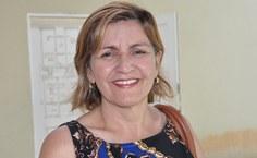 Claudete Cavalcante, diretora da Escola Margarez Lacet, participou da reunião