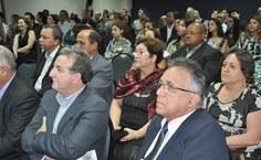 Professores, médicos e outros profissionais da Saúde prestigiaram o evento