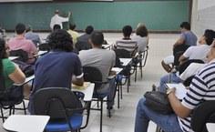 Mesmo em período de férias, alunos participam da aula com Jorge Hounie