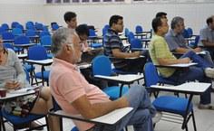 Professores e alunos da pós participam de minicurso