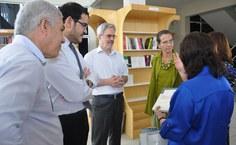 Stela Lameiras entrega kit da Edufal para os secretários