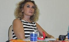 Professora Maria Labarta, da Universidade de Valência-Espanha, foi a conferencista de abertura