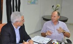 Reitor Eurico Lôbo e o Professor Jean Jacques Bourguignon