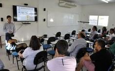 O professor Luciano Barbosa apresentou o panorama geral de projetos de extensão do Ctec, percorrendo a história do Paespe