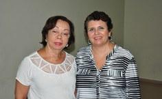 Vicentina Esteves e Alecsandra Ventura, respectivamente, da Gestão do Ensino e do Gerenciamento de Atividades de Pós Graduações do HU