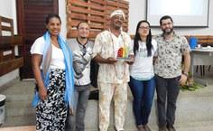 Professores da Ufal posam ao lado de Pai Alex, homenageado pela SBPC Afro e Indígena