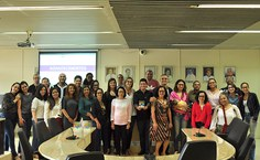 Equipe na reunião de avaliação. Foto: Cairo Martins