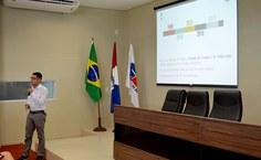Graduando_da_Ufal,_Elias_Lourenço_realiza_palestra_em_evento_da_OAB.jpg
