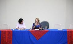 A pró-reitora Joelma Albuquerque e a reitora Valéria Correia no Fórum de Extensão. Foto: Thiago Prado
