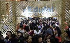Estande da Edufal na Bienal 2019, em Jaraguá. Foto: Renner Boldrino.