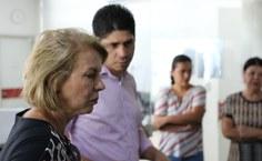 Reitora Valéria Correia confere andamento das obras.