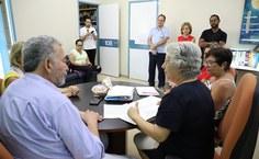 Gestores da Ufal e deputado Paulão durante reunião. Foto: Blenda Machado.