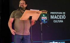 Sérgio Onofre, coordenador de assuntos Culturais da Pró-reitoria de Extensão, também participou da cerimônia