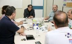 Reunião de Tutmés Airan com a direção do HU, o reitor Josealdo Tonholo e a vice-reitora Eliane Cavalcanti