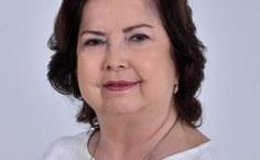 Diretora da Famed, professora Iasmin Duarte