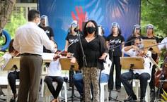 Execução do hino de Alagoas com Orquestra e Coriufal, sob a regência de Nilton Souza.JPG