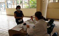 HU iniciou imunização contra covid-19 nesta quinta (21)