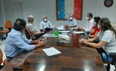Reunião realizada ontem (20) no gabinete do reitor Josealdo Tonholo com os envolvidos no projeto