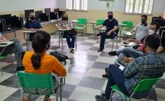 Reunião com professores do curso de Jornalismo
