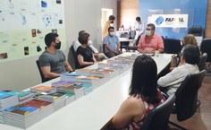 Diretor Fábio Guedes e pesquisadores.jpg