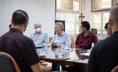 Reunião no Gabinete do Reitor quando foram apresentados novos projetos da Ufal