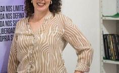 Professora Elaine Pimentel, diretora da FDA e coordenadora do grupo de pesquisa Carmin