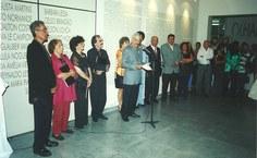 1999. Reabertura Pinacoteca, o diretor Rogério Gomes dá as boas-vindas ao público [Foto Arquivo Pina]